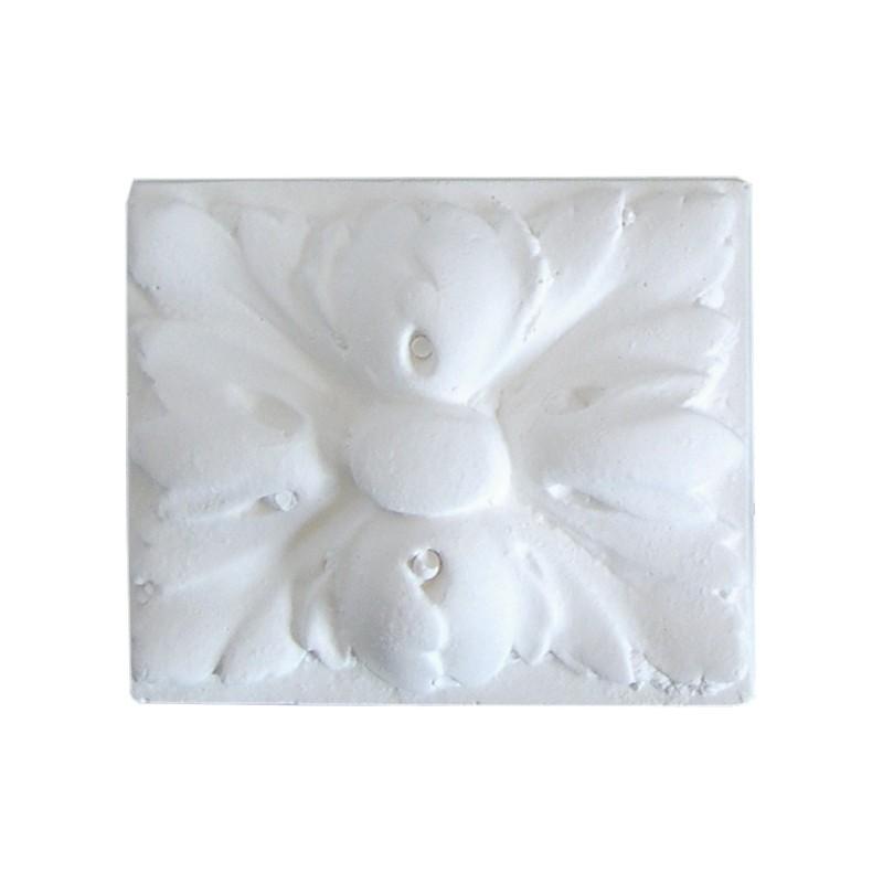 Ornement 320 Bouton floral carré