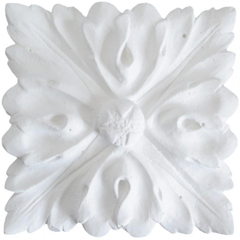 Ornement 302 Bouton floral carré