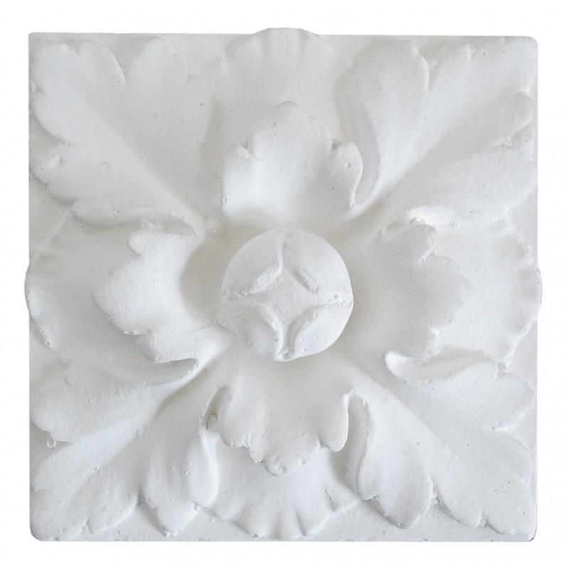 Ornement 317 Bouton floral carré